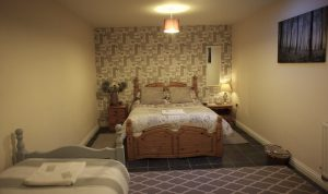 Bungalow 2 triple room